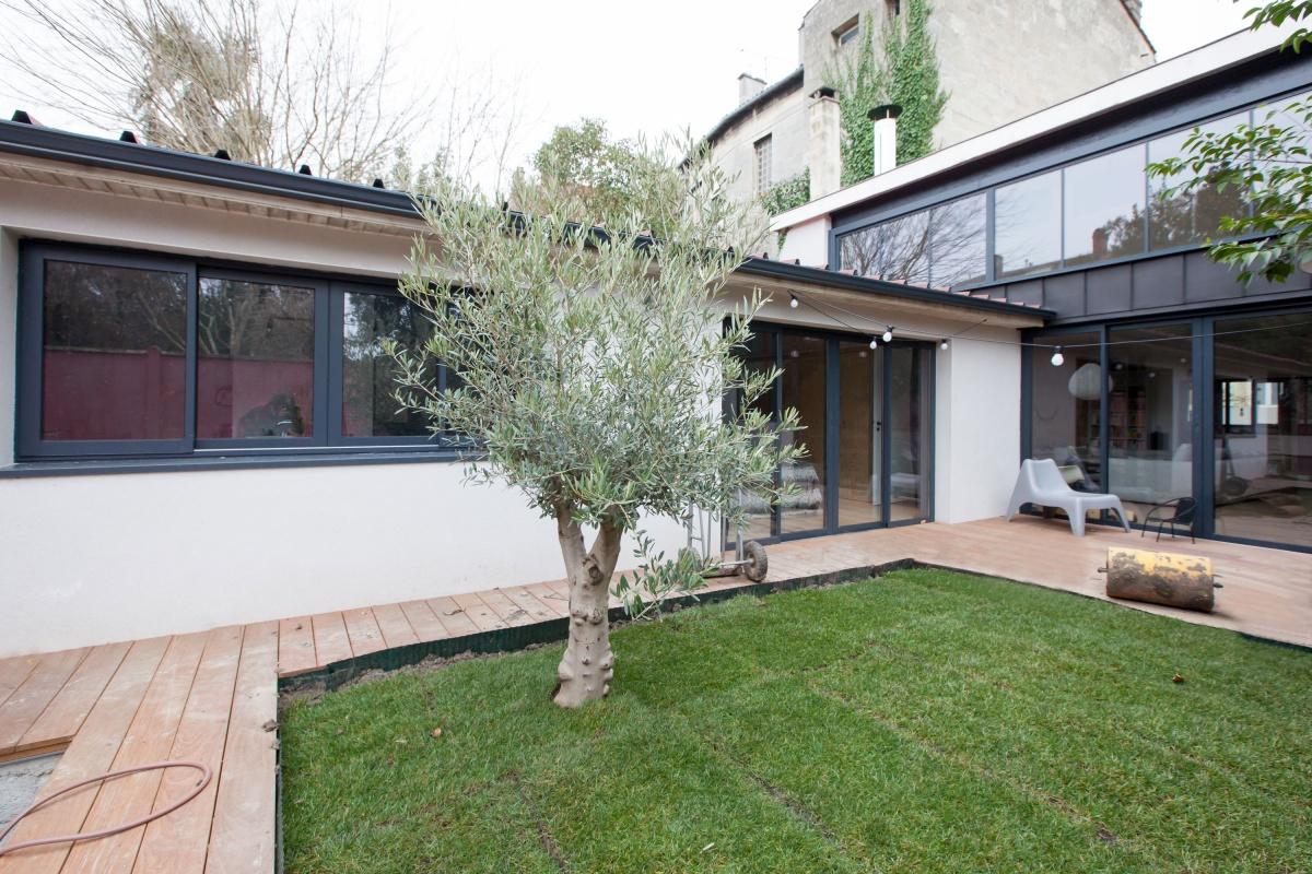 Maison P : Facade cote jardin