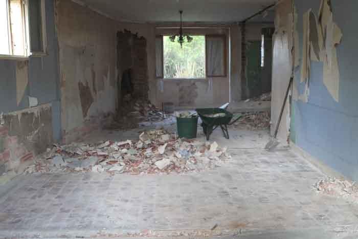 Surélévation en ossature bois : demolition
