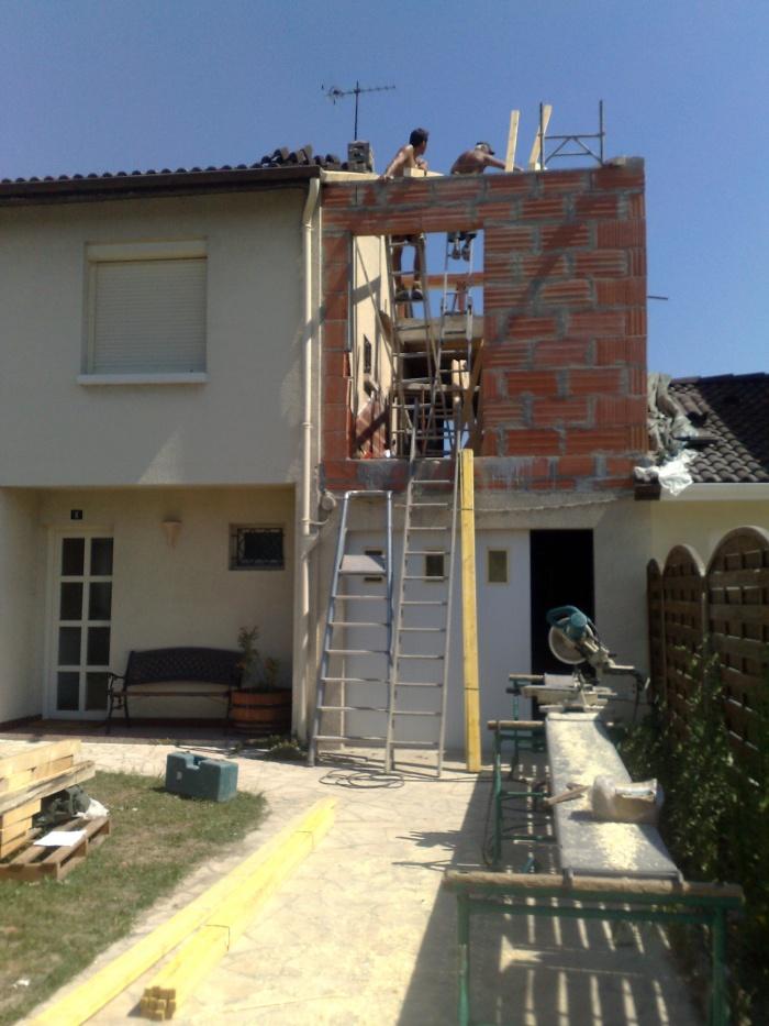 Extension et surélévation d'une habitation - EYSINES : TRAVAUX
