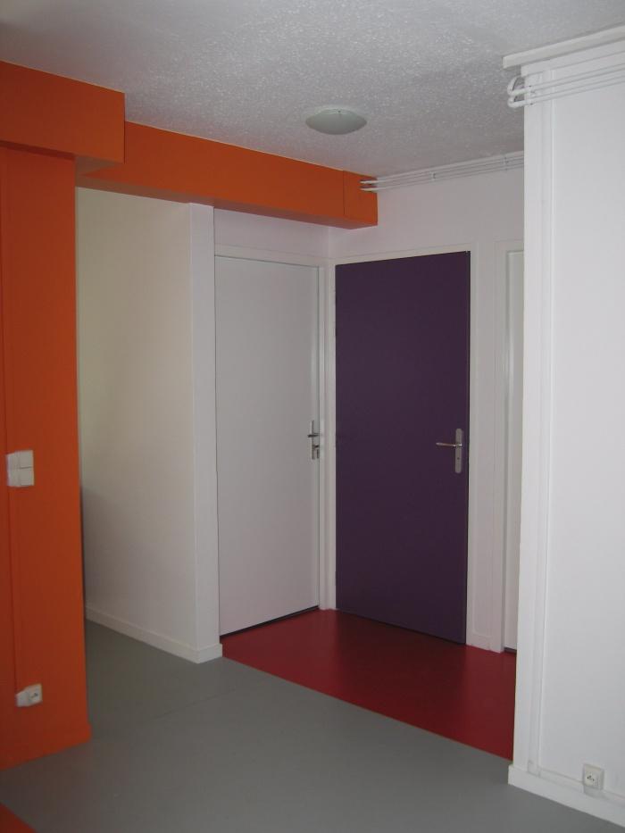 Réaménagement des locaux de la crèche Macédo, en un foyer d'accueil pour des femmes victimes de violences conjugales : Juillet 2011 057