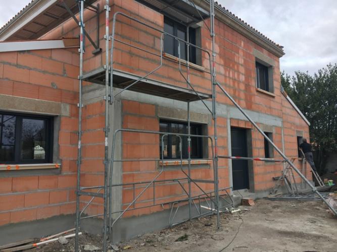 Réhabilitation totale, extension et surélévation d'une habitation existante MERIGNAC : Chantier en cours